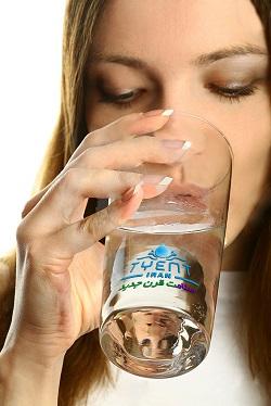 آب یونیزه قلیایی
